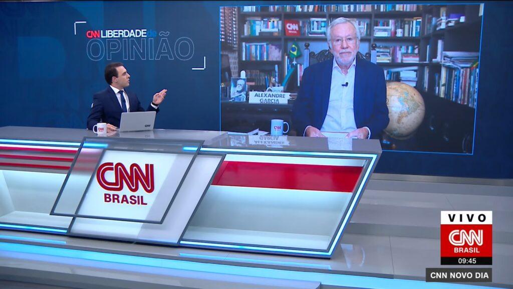 Alexandre Garcia discutiu com Rafael Colombo durante o Novo Dia (foto: Reprodução/CNN Brasil)