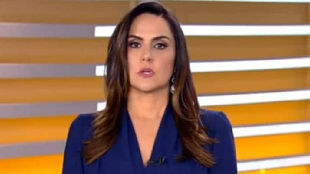 Carla Cecato abriu o jogo e falou sobre sua demissão da Record (foto: Reprodução/Record)