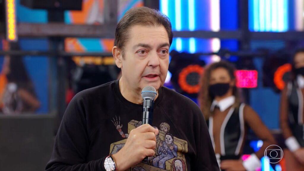 Faustão durante o Domingão de 2 de maio: diretoria da Globo incomodada (foto: Reprodução/TV Globo)