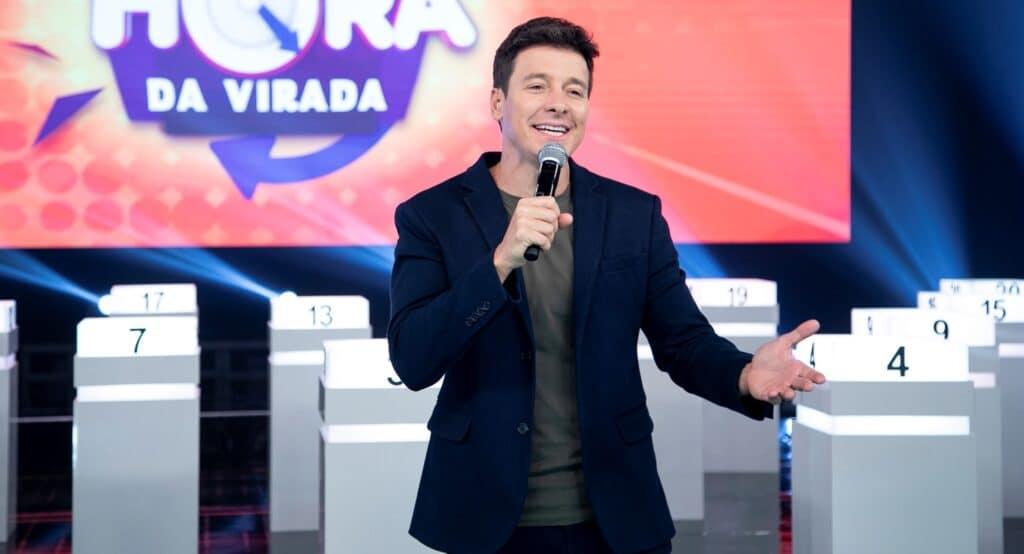 Rodrigo Faro no Hora do Faro de 9 de maio: pior audiência em quase sete anos (foto: Edu Moraes/Record)