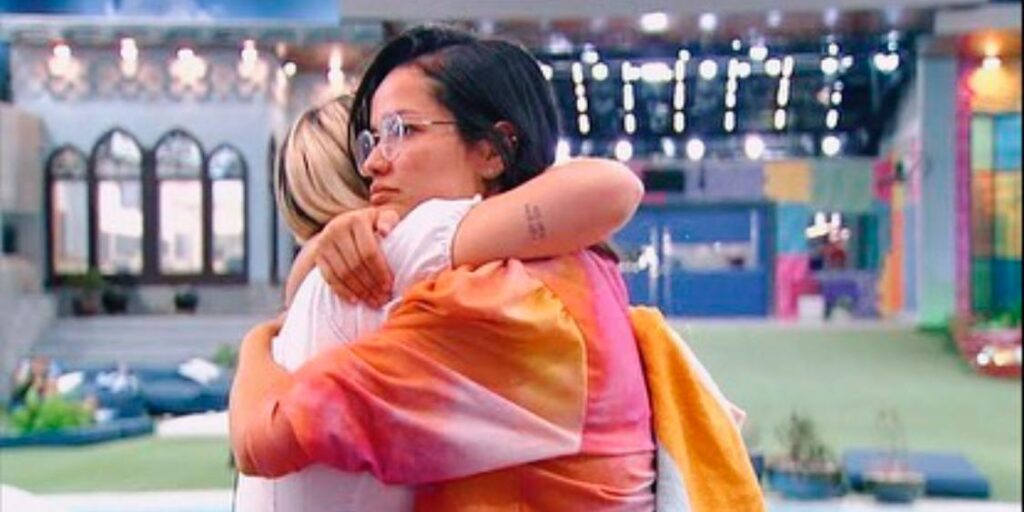 Viih Tube decidiu pedir perdão para Juliette por conta de seu comportamento no BBB (foto: Reprodução/TV Globo)