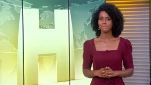 Maju Coutinho no Jornal Hoje de 22 de maio: telejornal bateu recorde de audiência (foto: Reprodução/TV Globo)