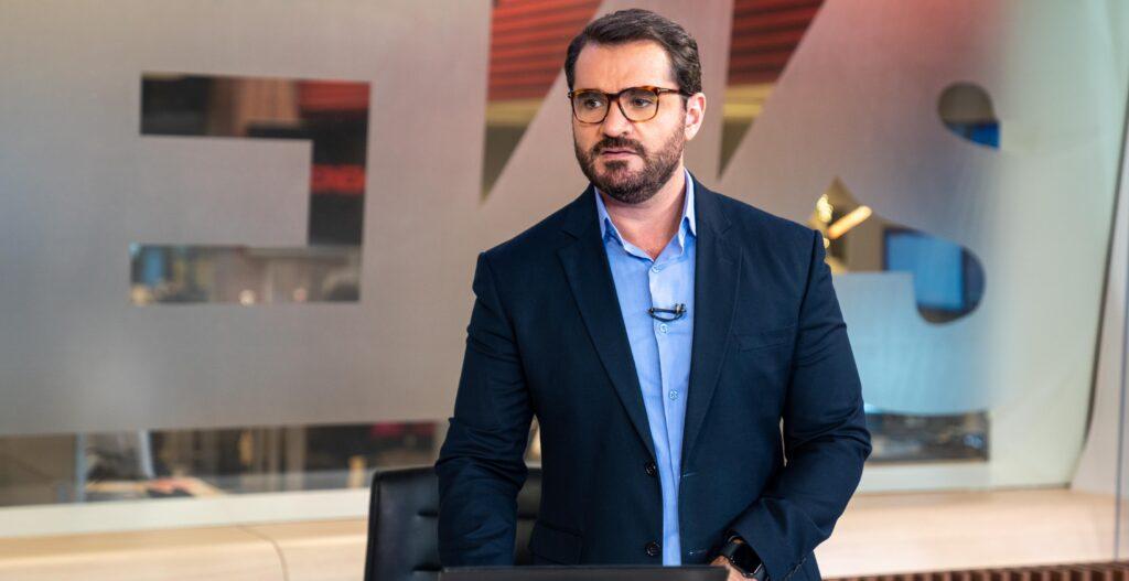 """Em entrevista inédita, Marcelo Cosme contou que não quer ser reconhecido como """"o gay do telejornal"""" (foto: Divulgação/TV Globo)"""