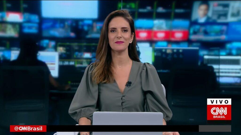 Monalisa Perrone abandonou um dos programas da CNN Brasil (foto: Reprodução/CNN Brasil)