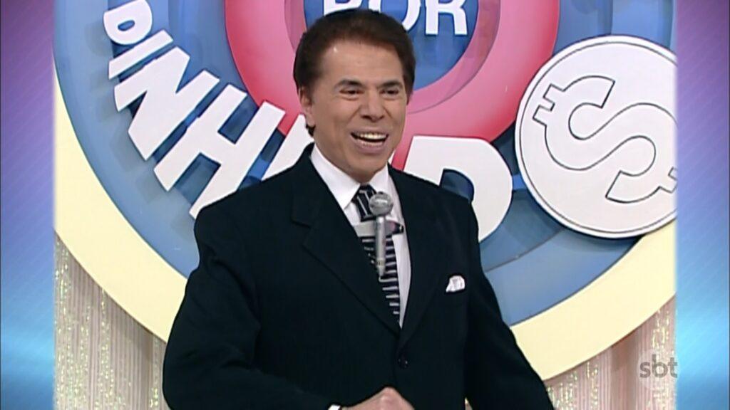 Silvio Santos posa no estúdio do Topa Tudo Por Dinheiro: reprise chamou a atenção do público (foto: Reprodução/SBT)