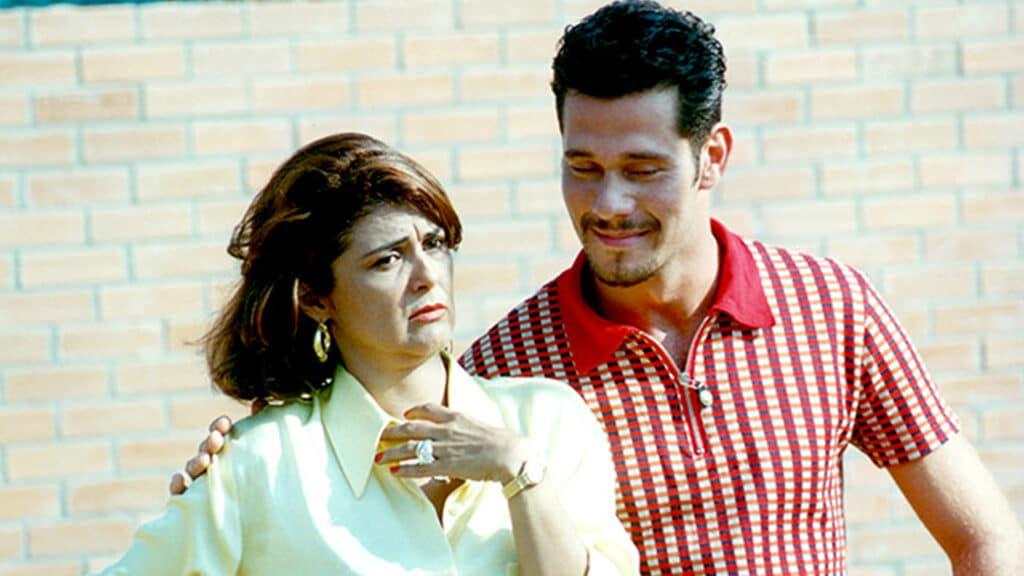 Os atores Elisângela e Nico Puig em cena da temporada 1996 de Malhação (foto: Globo/Nelson Di Rago)