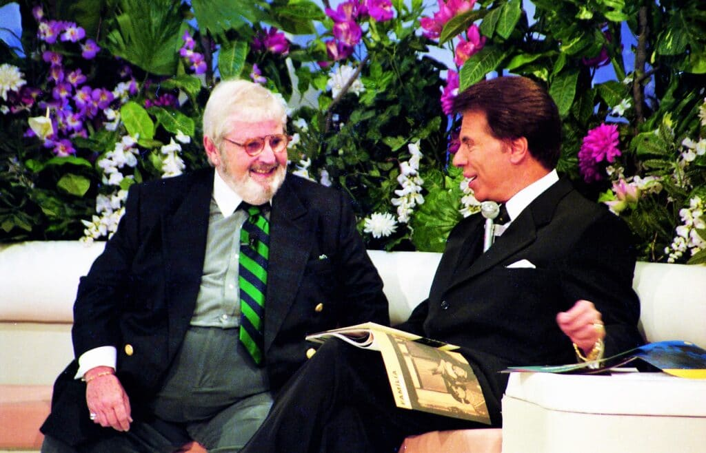 Jô Soares e Silvio Santos no programa Em Nome do Amor (foto: SBT/João Batista da Silva)