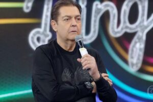Faustão não vai concorrer com Luciano Huck aos domingos (foto: Reprodução/Globo)