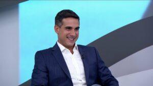 Gustavo Villani narra partida de abertura da Eurocopa no SporTV (foto: Reprodução)