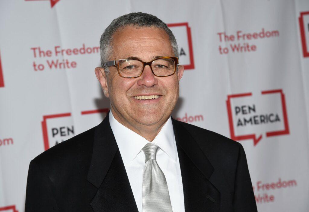 Jeffrey Toobin reassumiu o cargo de analista jurídico-chefe da CNN americana (foto: Reprodução)