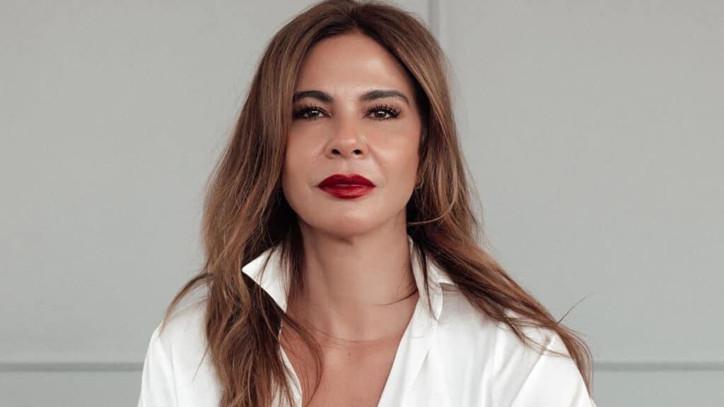 Luciana Gimenez sofreu um acidente durante as gravações do Te Devo Essa! Brasil (foto: Reprodução/Instagram)
