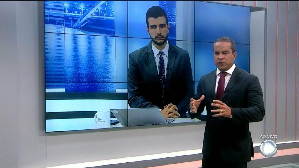 Jornais locais da Record Brasília batem recorde com buscas por serial killer (foto: Reprodução/Record/@alex_morais_)