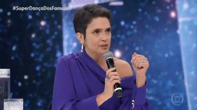 Sandra Annenberg se emocionou ao pedir por vacinas no Domingão do Faustão (foto: Reprodução/Globo)