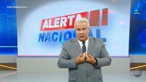 RedeTV! divulgou comunicado sobre ofensas do apresentador Sikêra Jr. (foto: RedeTV!/Reprodução)
