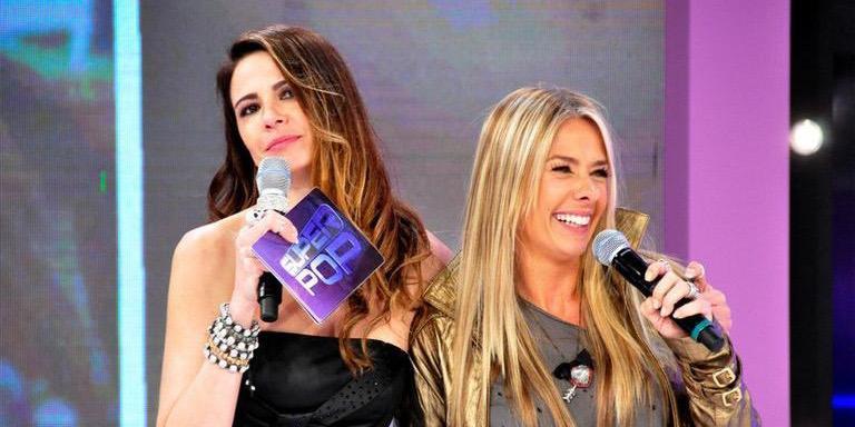 Luciana Gimenez mandou colunista do Superpop falar mal de Adriane Galisteu (foto: Divulgação/RedeTV!)