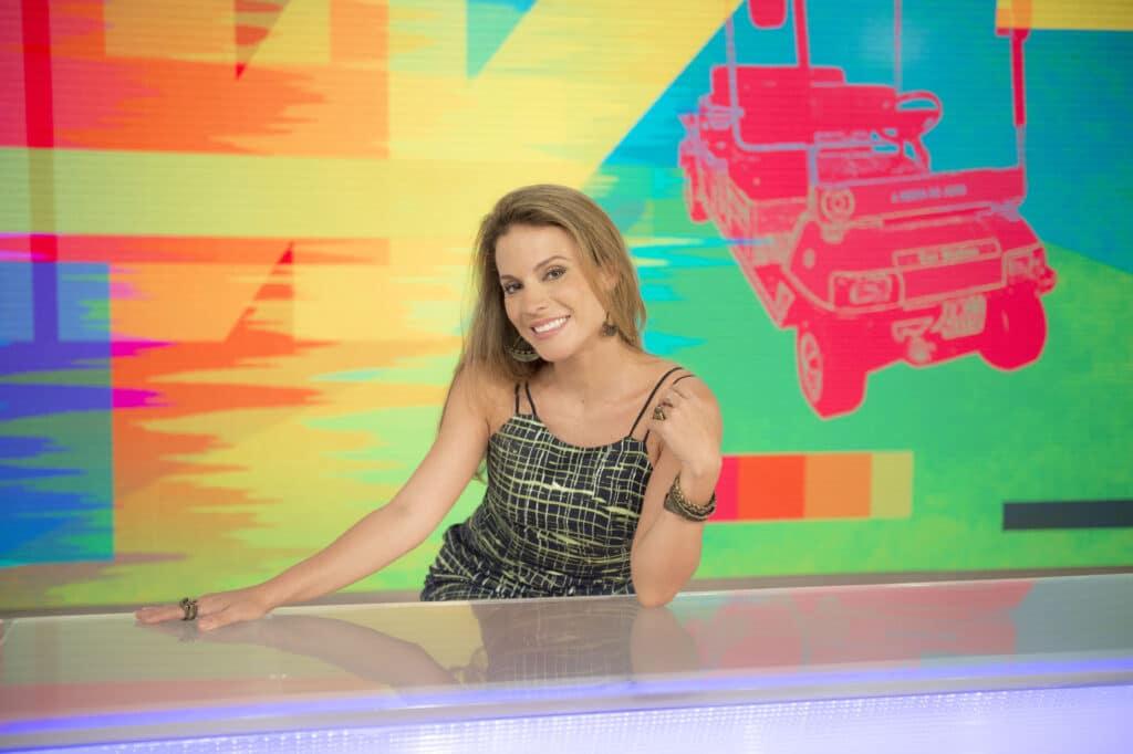Maíra Charken substituiu Monica Iozzi na apresentação do Vídeo Show (foto: Globo/Renato Rocha Miranda)