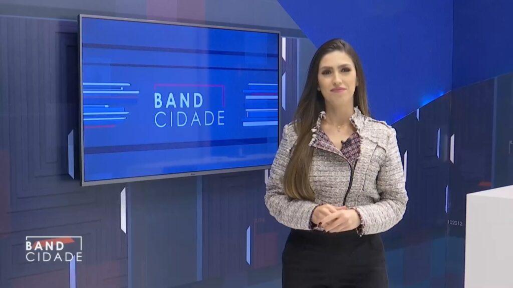 Depois de trocar a Record pela Band, Marina Maimone se demitiu após 60 dias na emissora (foto: Reprodução/Band)