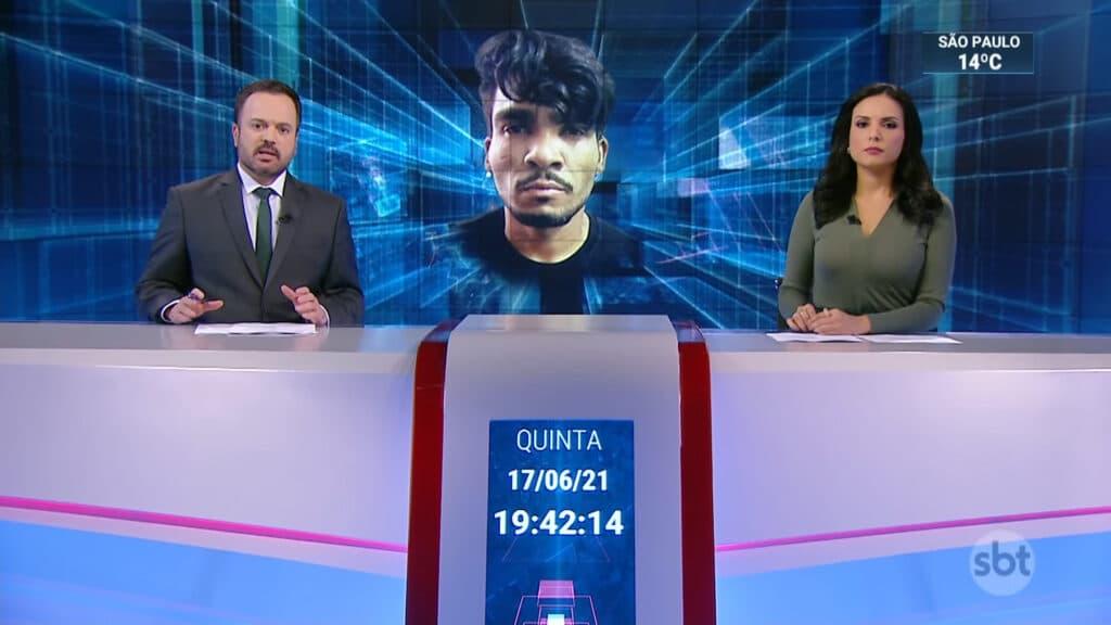 Marcelo Torres cometeu ato falho e afirmou que Lázaro Ramos trocou tiros com a polícia (foto: Reprodução/SBT)