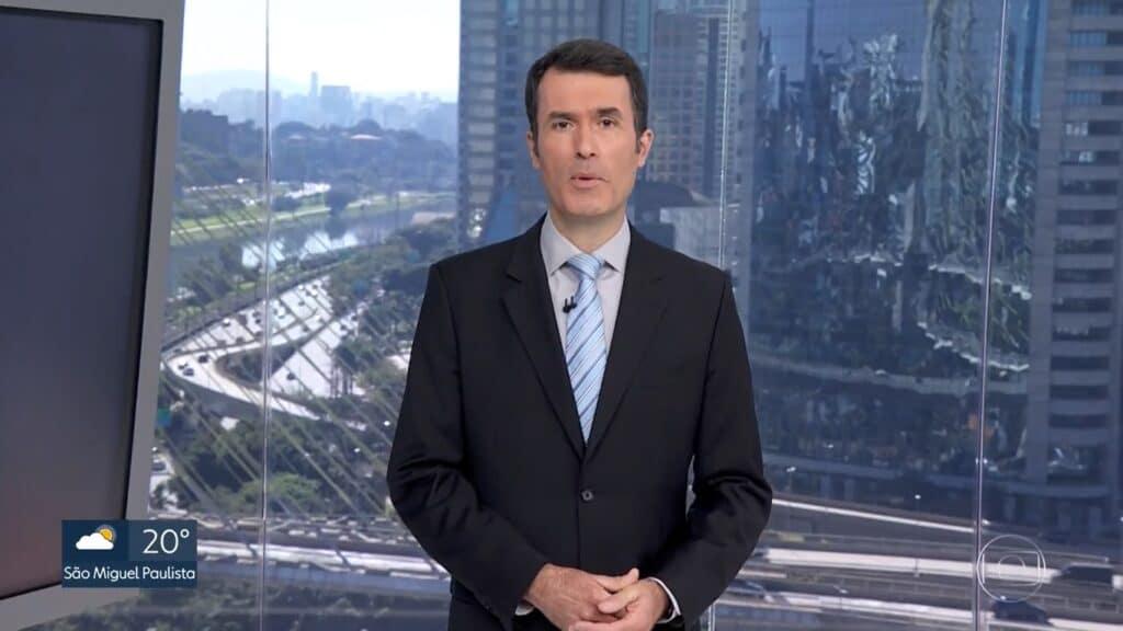 Fábio Turci está apresentando o SP1 na ausência de César Tralli (foto: Reprodução/TV Globo)