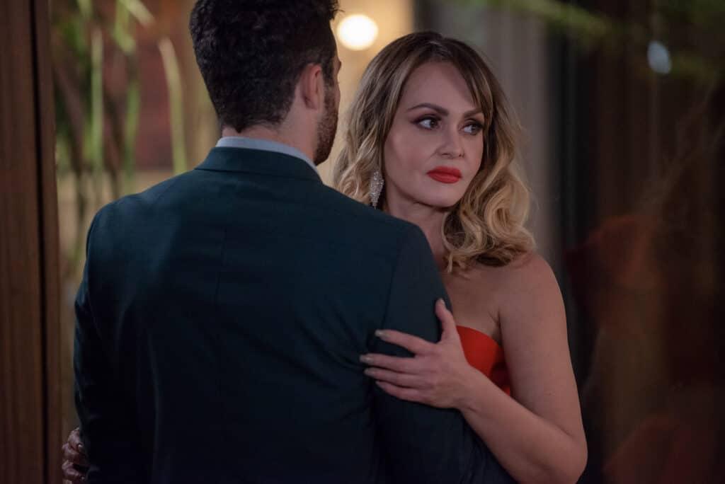 Gabriela Spanic está de volta à Televisa na novela Si Nos Dejan (foto: Reprodução)