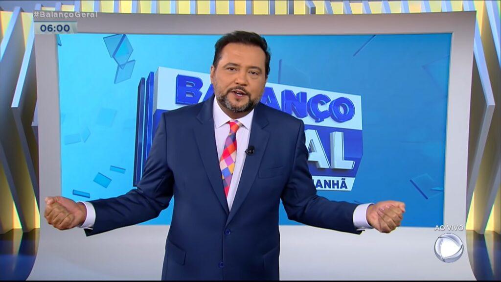 Geraldo Luís lamentou a morte de seu chefe, o jornalista Domingos Fraga (foto: Reprodução/Record)