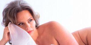 Principal repórter do É de Casa, da Globo, Maria Cândida decidiu fazer ensaio sensual (foto: Reprodução)