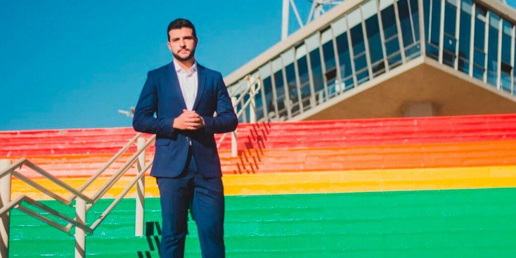 Matheus Ribeiro falou das dificuldades para se assumir homossexual sendo âncora de telejornais (foto: Reprodução)