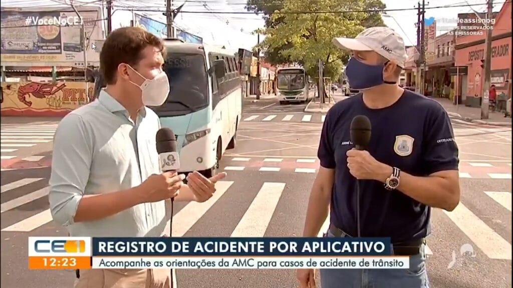 Repórter da TV Verdes Mares quase foi atropelado (foto: Reprodução)