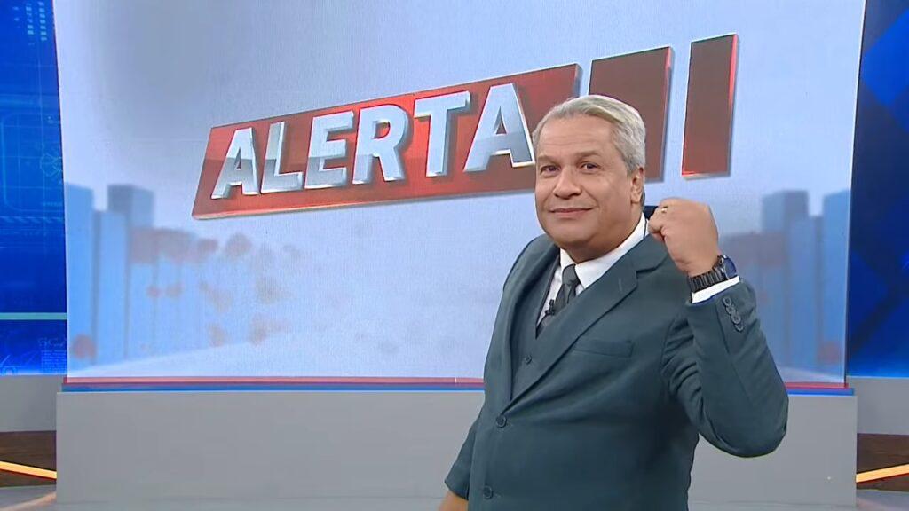 Sikêra Jr. foi líder de audiência em Manaus no confronto com o Jornal Nacional (foto: Reprodução/TV A Crítica)