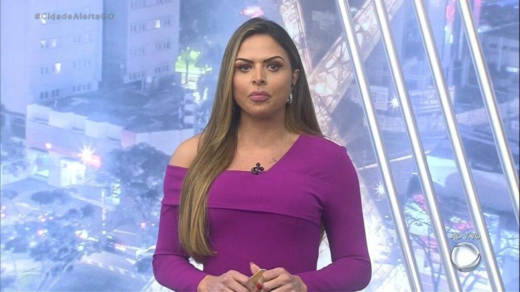 Silvye Alves acusa o ex-namorado, Ricardo Hilgenstieler, de agressão (foto: Reprodução/Record)