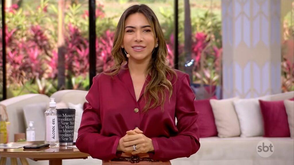 Patricia Abravanel no Vem Pra Cá de 25 de junho: clima nos bastidores continua ruim (foto: Reprodução/SBT)