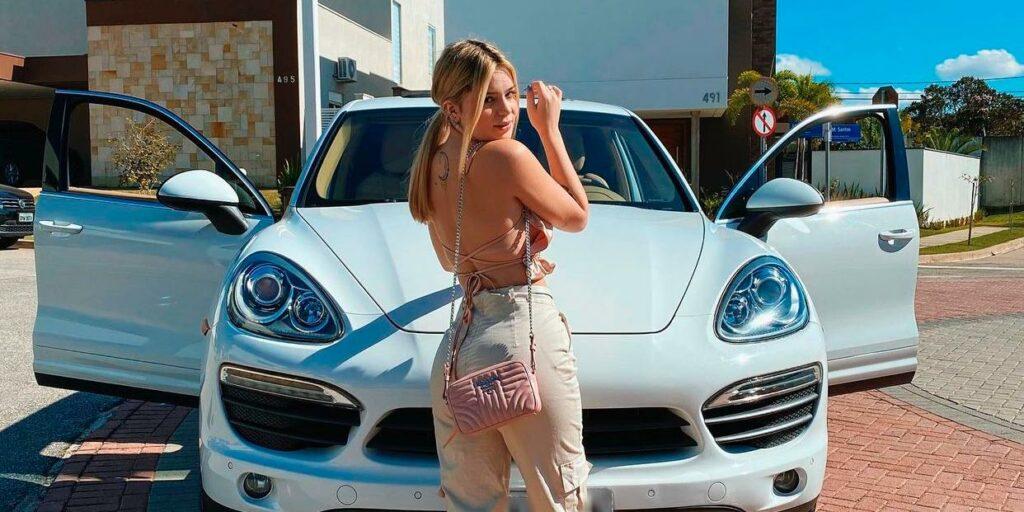 Carro de luxo de Viih Tube dividiu opiniões nas redes sociais (foto: Reprodução)