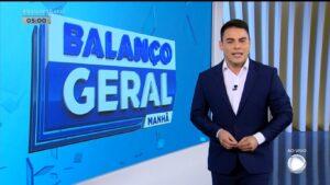Wésllen Tecchio substituirá Bruno Peruka na apresentação do Balanço Geral Manhã (foto: Reprodução/Record)