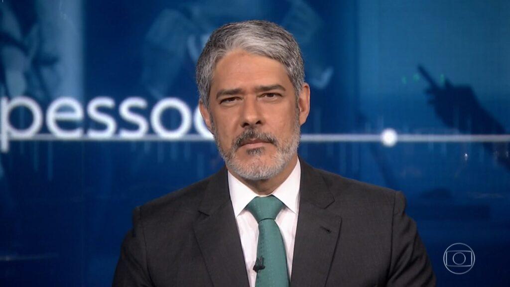 William Bonner fez suspense para revelar uma novidade aos telespectadores do Jornal Nacional (foto: Reprodução/TV Globo)