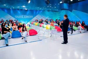 Silvio Santos conversa com o auditório (foto: SBT/Lourival Ribeiro)