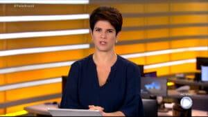 Mariana Godoy chamou live de Bolsonaro de bizarra no Fala Brasil (foto: Record/Reprodução)