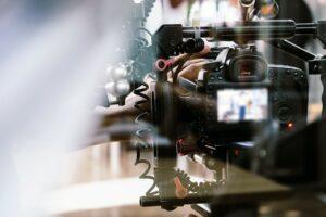 EPTV, afiliada da Globo, vai transmitir o primeiro comercial ao vivo no intervalo de telejornal (foto: Divulgação/EPTV)