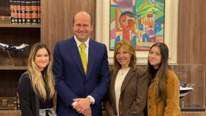 As filhas do apresentador Gugu Liberato estariam insatisfeitas com a administração do inventário (foto: Divulgação)