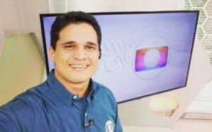 Kaio Cezar pediu demissão ao vivo da TV Verdes Mares, afiliada da Globo no Ceará; ele ganhou processo contra a emissora (foto: Reprodução)