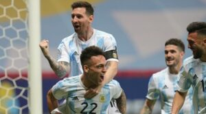 Equipe de Messi garantiu o SBT a liderança de audiência na disputa com o No Limite e o Profissão Repórter (foto: Reprodução)
