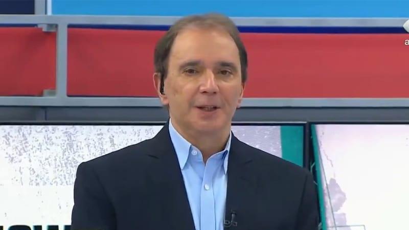Reginaldo Leme cumprimentou os telespectadores da Globo durante participação no programa Show do Esporte, da Band (foto: Reprodução/Band)