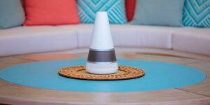 O cone Lana é o assistente virtual que dita as regras em Brincando com Fogo (foto: Reprodução/Netflix)