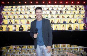 Endemol não chamou produtora que caiu do palco para trabalhar em nova temporada do Canta Comigo, exibido pela Record (foto: Reprodução)