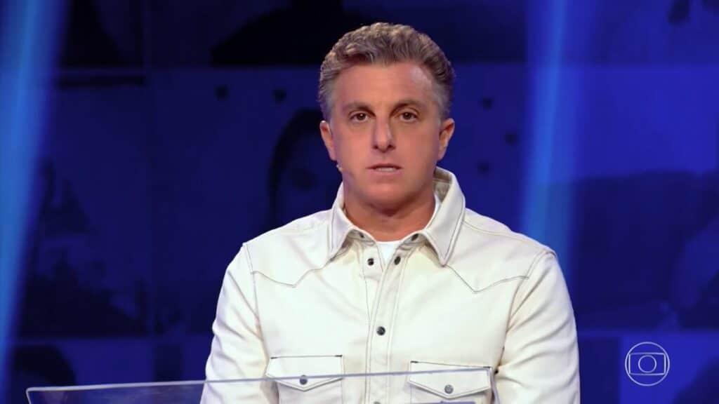 Luciano Huck estreará nos domingos da Globo ainda em 2021 (foto: Reprodução/TV Globo)