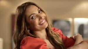 Patrícia Poeta é a apresentadora do É de Casa: revista eletrônica foi transformada em três programas diferentes (foto: Divulgação/TV Globo)