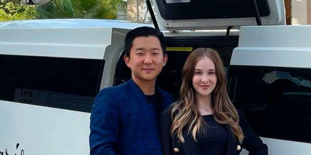 Após traição no Ilha Record, Sammy Lee anunciou que irá se divorciar de Pyong Lee (foto: Reprodução)