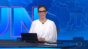 Renata Vasconcellos não apresenta o Jornal Nacional desde 10 de julho (foto: Reprodução/TV Globo)