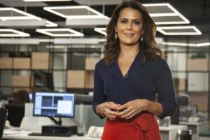 Band contratou a jornalista Adriana Araújo para comandar novo jornal (foto: Record/Edu Moraes)