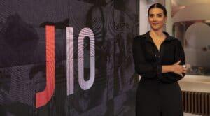 Aline Midlej assumiu o comando do Jornal das 10 no início de julho (foto: João Cotta/TV Globo)
