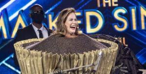 Renata Ceribelli fez sucesso como o brigadeiro do The Masked Singer (foto: Divulgação/TV Globo)